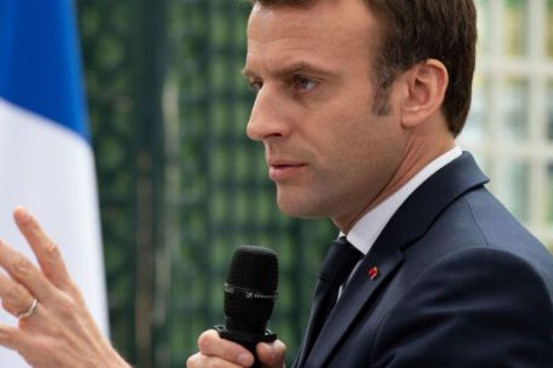 رونمایی از طرح رنسانس اروپایی در پاریس پُر از چالش