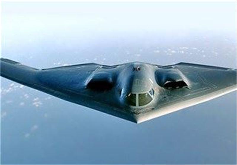 پرواز بمب افکن های بی-52 آمریکا بر فراز جزایر مورد مناقشه ژاپن و چین