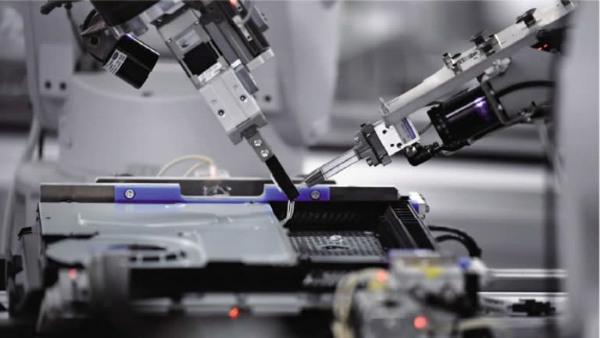 ساخت یک دستگاه پی اس4 در هر 30 ثانیه