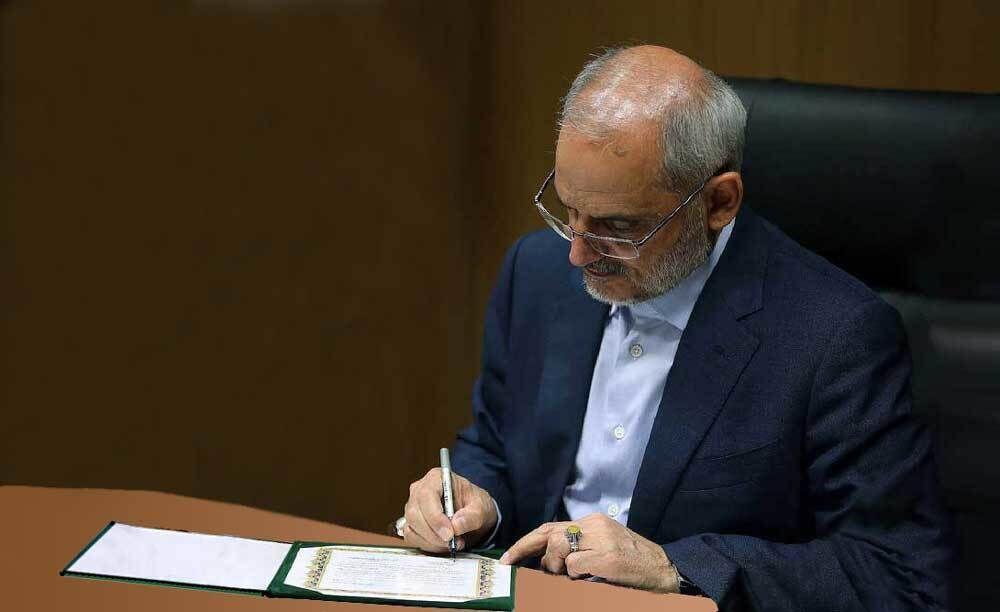 خبرنگاران وزیر آموزش و پرورش کسب چهار مدال تیم علمی ایران را تبریک گفت