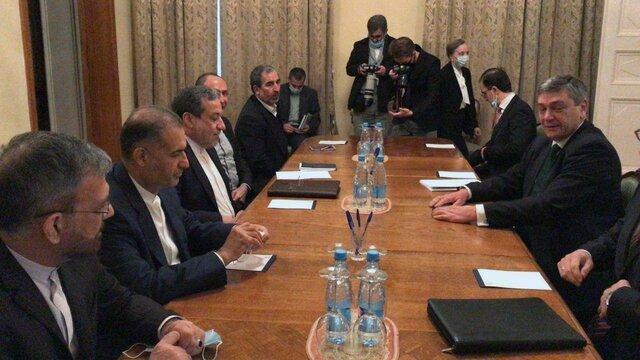 رایزنی عراقچی با معاون وزیر خارجه روسیه در خصوص مناقشه قره باغ
