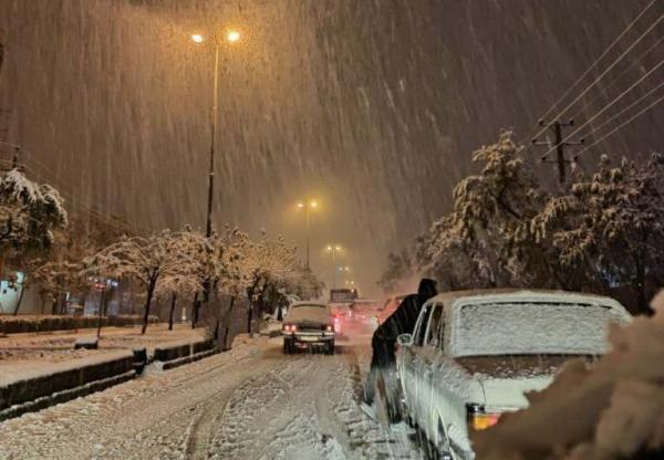 جاده های 9 استان زیر بارش برف و باران است