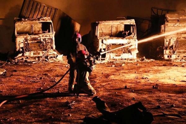 خبرنگاران آتش سوزی گسترده در پاکدشت پس از 4 ساعت مهار شد